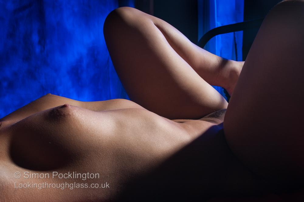 dramatic studio nude lighting